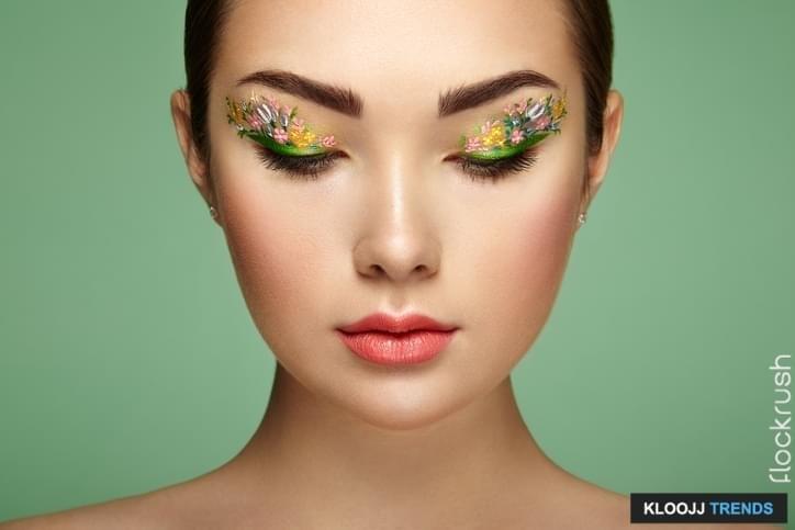 step by step winged eyeliner