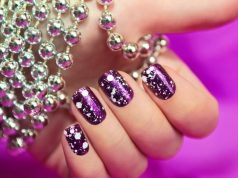 two color nail polish trend
